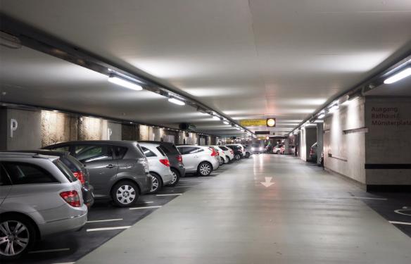 Comment peut on économiser sur l'éclairage de son parking ? Facile ! tout est dans l'article !
